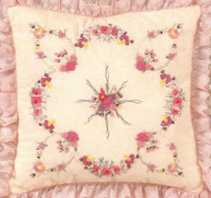 Brazilian Embroidery Pattern: Julia's Fantasy